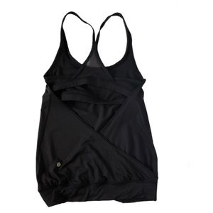 Lululemon | Black Built-in bra Tank Top
